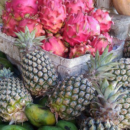 Fruits du dragon et ananas, Bali