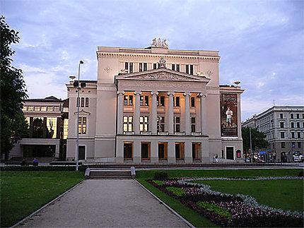 Soleil sur l'Opéra