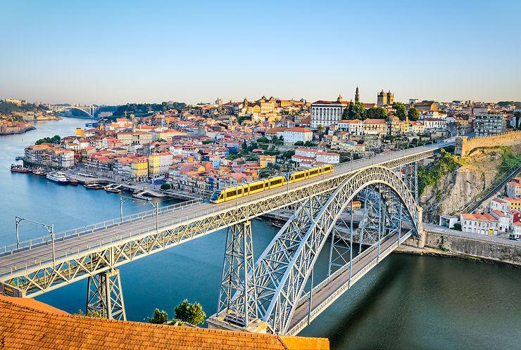 Portugal - Vueling ouvre Paris CDG - Porto