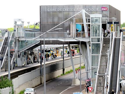Gare RER Créteil Pompadour
