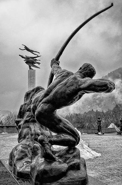 Magnifique Herakles archer à Hakone
