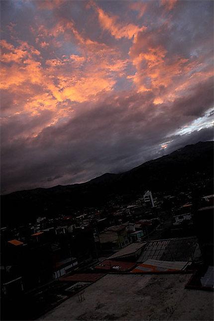 Coucher de soleil sur Huaraz