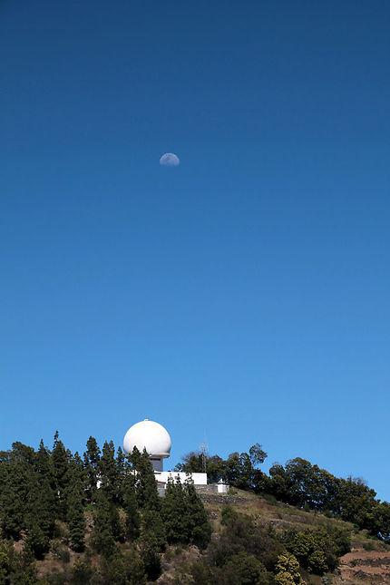Pedra Rachada radar et lune