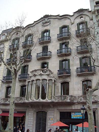 Immeuble Moderniste
