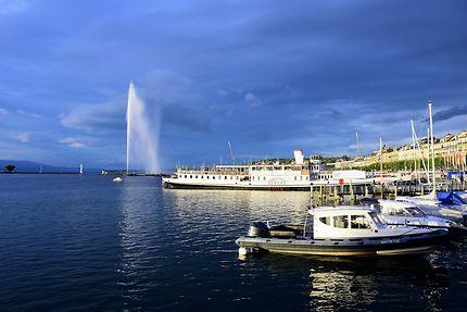 Vue sur le jet d'eau de Genève