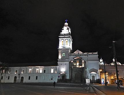 Eglise Santo Domingo by night