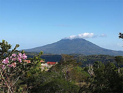 Vue sur le volcan Mombacho