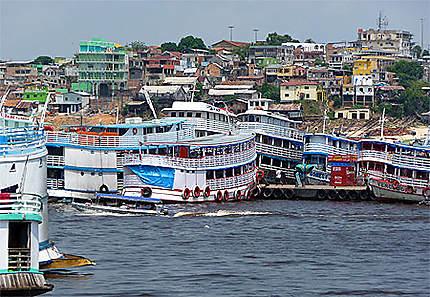 Port fluvial de Manaus