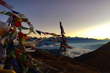 Lever de soleil sur la chaine de l'Himalaya