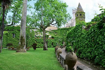 Vers la villa Cimbrone