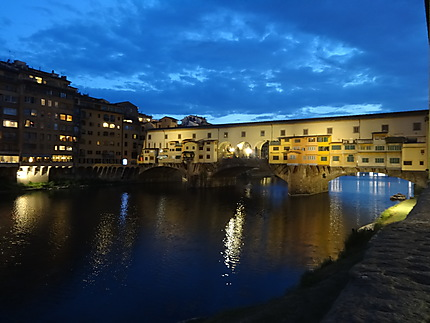 Ponte Vecchio de nuit