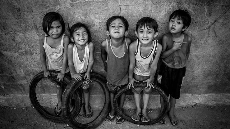 Regards d'enfants, San Carlos Pangasinan, Philippines