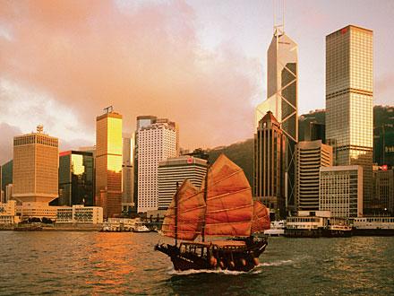 Hong Kong-Macao, Est-Ouest