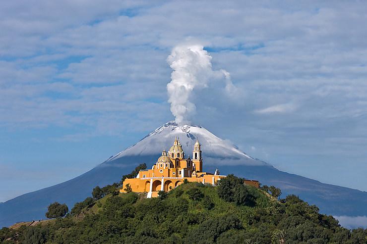 Mexique, au-dessous du volcan Popocatépetl