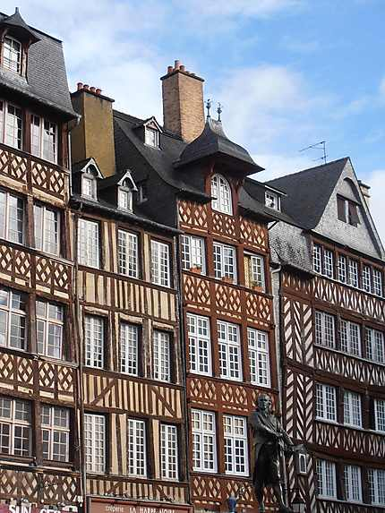 Constructions médiévales à Rennes
