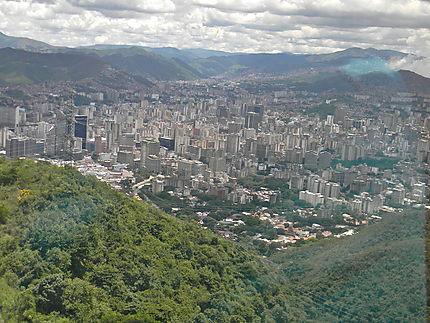 Caracas - Montée de l'Avila en téléphérique