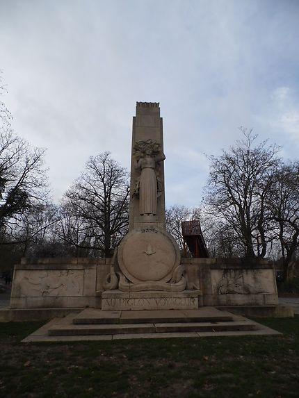 Monument en hommage aux pigeons voyageurs