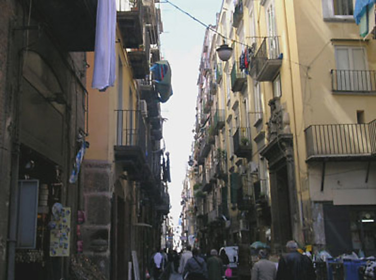 La rue est une scène