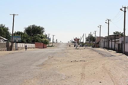 Village de Yanghikazgan, aux portes du désert