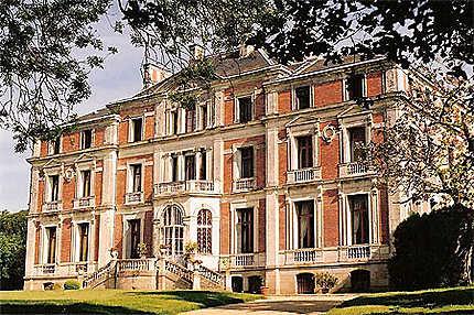 Le Palais Briau, un des derniers chateaux de la Loire avant la mer