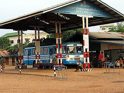 Gare routière à Savannakhet