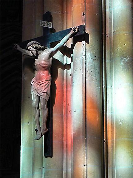 Le Christ saigne...