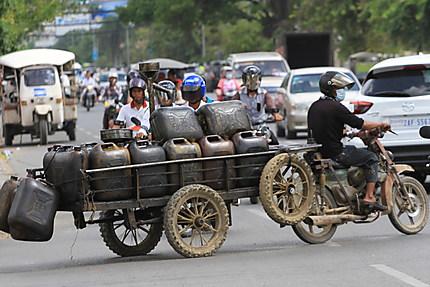 Embouteillage à Phnom Penh