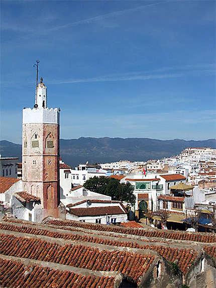 Vue sur les toits de Chefchaouen au Maroc