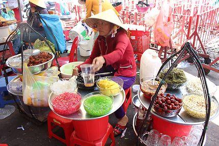 Dans la rue à Hồ Chí Minh-Ville