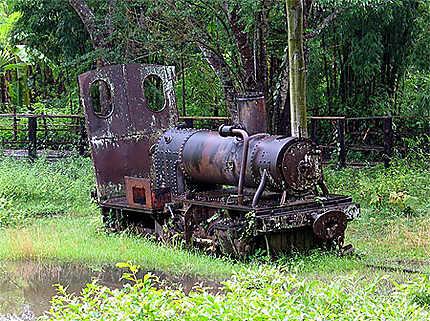 La dernière locomotive du Laos...