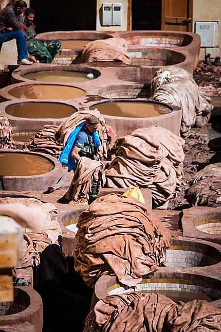 Tannerie Chouara, nettoyage des peaux