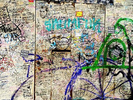 Murs et graffitis à Florence