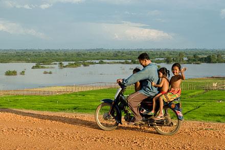 Cambodge : des berges du Mékong au Ratanakiri, pays des terres rouges