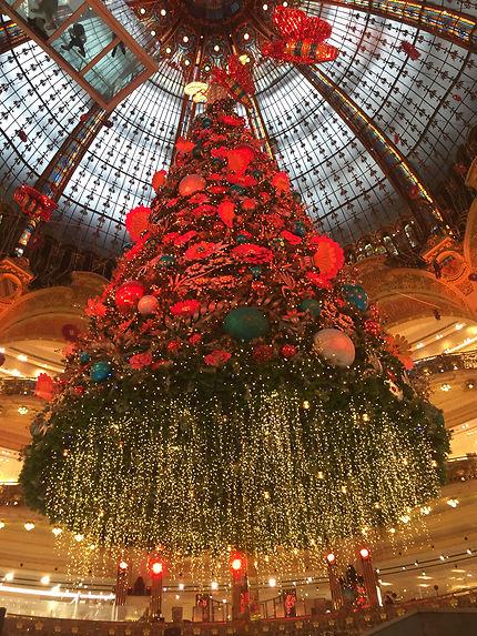 Les fêtes se préparent à Paris