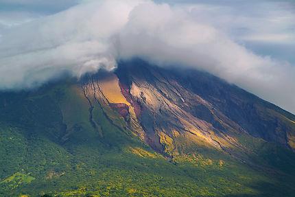 Volcan actif Concepcion