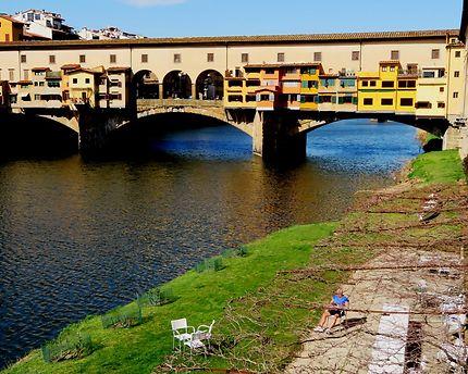 Berges du fleuve Arno