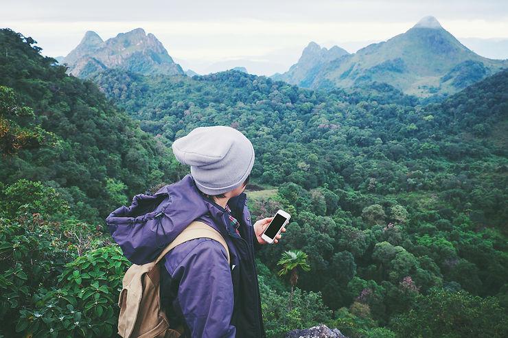 Utiliser son téléphone mobile à l'étranger : mode d'emploi