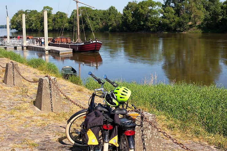 Le guide essentiel pour sillonner La Loire à Vélo !