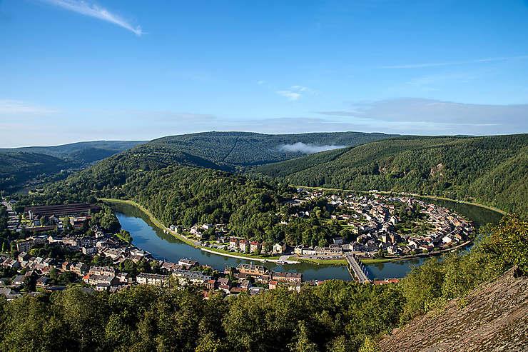 De Bogny-sur-Meuse à Fumay (34 km)