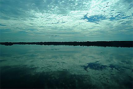 Fin de journée sur le fleuve Congo