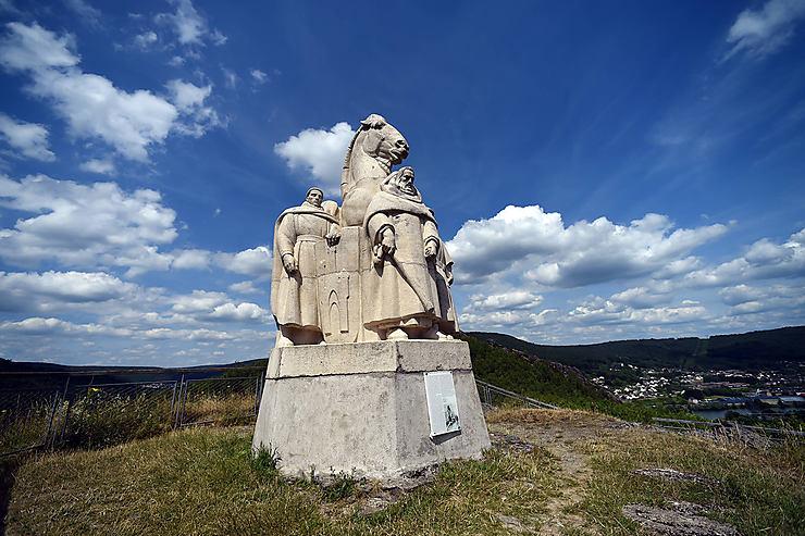 De Charleville-Mézières à Bogny-sur-Meuse (20 km)