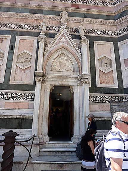 Entrée du Campanile Florence
