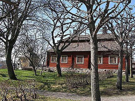 La maison rouge typique suédoise
