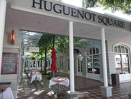 Square des Huguenots