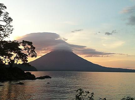 Coucher de soleil sur Ometepe