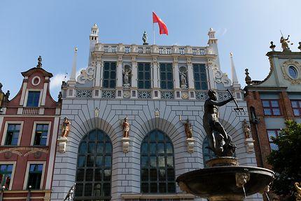 Arthus Court