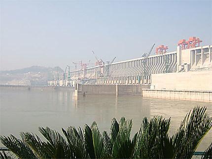 Barrage des trois gorges sur le YangTse