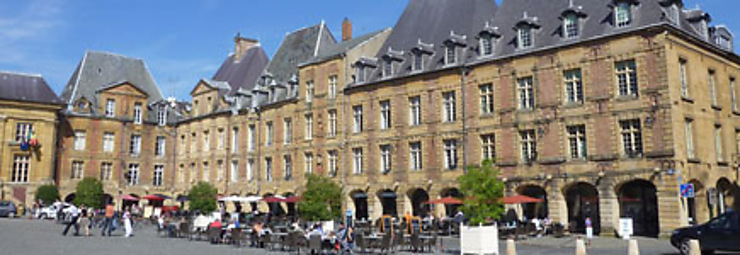 Charleville-Mézières, en souvenir de Rimbaud