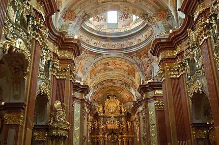 int rieur baroque de l 39 abbaye de melk eglise abbaye de. Black Bedroom Furniture Sets. Home Design Ideas