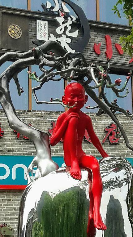 Superbe sculpture à Yangshuo, en Chine